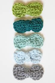 crochet hair bows crocheted hair bows tutorial