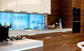 armoire de cuisine stratifié placage de bois exotique nouvelle cuisine design