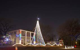 christmas lights wichita ks cnn to feature wichita christmas light displays the wichita eagle
