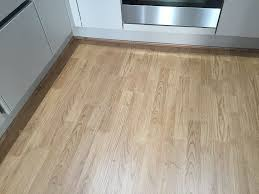 Laminate Flooring Supply And Fit Laminate Carpet And Vinyl Floor Fitter From 6 Per Square Meter