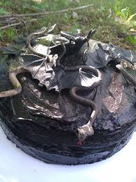 halloween black roses gothic wedding or halloween black velvet cake preesi food