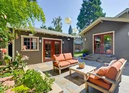 make your backyard cozy with comfy seating small backyard ideas