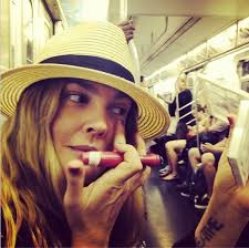 Top Makeup Schools In Nyc Celebrities Riding The Subway In New York City Am New York