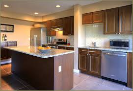 Yellow Kitchen Walls With Oak Cabinets by Yellow Kitchen Walls With Oak Cabinets Amazing Deluxe Home Design