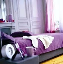 chambre violetta deco chambre violet dacco chambre avec palette de parme et violet