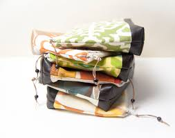 Hostess Gifts For Bridal Shower Bridesmaid Vegan Clutches Cosmetic Bags Lolo Sinclair