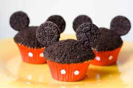 mickey mouse cupcakes adventures in familyhood