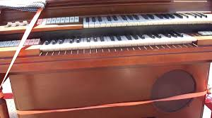 early 1950 u0027s wurlitzer electrostatic reed organ model 44 youtube
