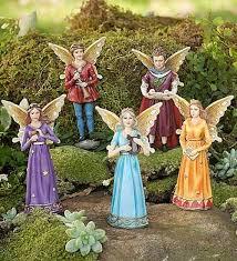 25 accessories for miniature gardens