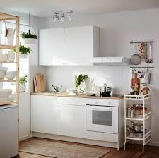 landhausstil modern ikea massivholzküche kiefer fichte landhaus modern kchen