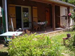 chambre d hote laragne la roseraie de laragne villa laragne montéglin