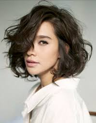 best short haircuts to try wavy bobs bobs and salons