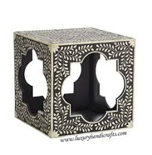 Quatrefoil Side Table Luxury Handicrafts Bone Inlay Mother Of Pearl Inlay Glass Inlay