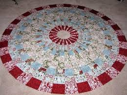 Quilted Christmas Tree Skirts To Make - 299 best christmas tree skirts images on pinterest carpets