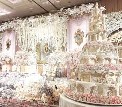 make the guests amazed with amazing wedding cake topup wedding ideas