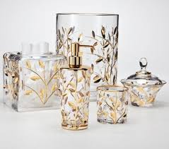 Clear Bathroom Accessories by Glamorous And Sparkling Effect From These Truly Gorgeous Clear