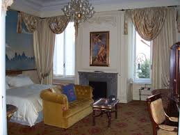 get a wonderful holiday with cool hotel rooms and resorts room
