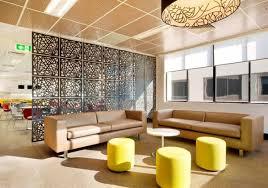 raumteiler wohnzimmer raumteiler ideen wohnzimmer die grüne trennwand passt perfekt