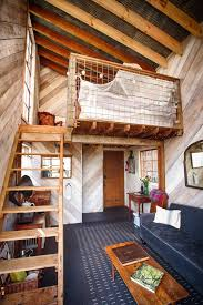 Treehouse Cleveland - sleep underneath the forest canopy at this epic treehouse in tennessee