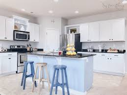 easiest way to paint kitchen cabinets the fastest way to paint kitchen cabinets with the best results 4