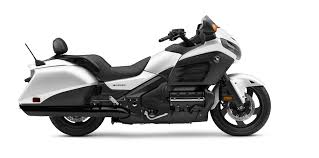 2017 honda gold wing f6b deluxe review