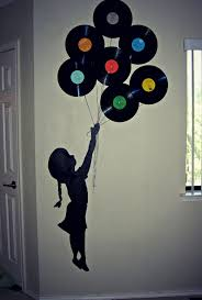 best 25 music wall art ideas on pinterest music wall decor more of a music lover theme here great way to use old records that you don t use can do so many different decorations on a wall with them