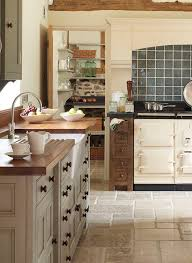 French Farmhouse Style Kitchen Diner by Best 25 Country Kitchen Layouts Ideas On Pinterest Country