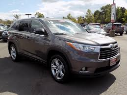 certified toyota highlander certified pre owned 2016 toyota highlander limited 4d sport