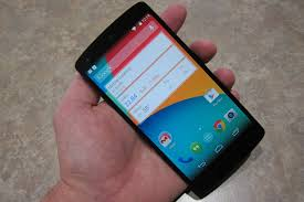 gigaom nexus 5 hands on looks like an impressive google android