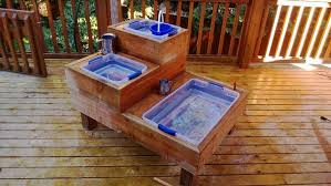 10 great diy outdoor water play tables apartment therapy