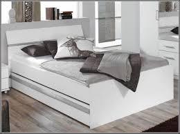 Komplett Schlafzimmer Mit Boxspringbett Wohndesign 2017 Unglaublich Wunderbare Dekoration Bett Mit