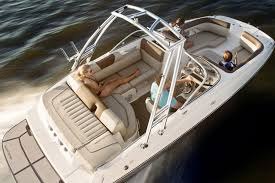 deck boat series bayliner boats