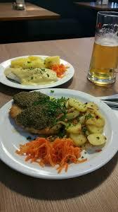 fischbratküche rostock rostocker fischmarkt seafood markets warnowpier 431 rostock