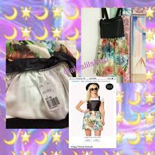 7 off forever 21 dresses u0026 skirts forever 21 edgy floral