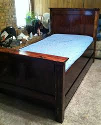 Farmhouse Bed Frame Plans Farmhouse Bed Country Bedding Plans With Trundle Jumptags Info