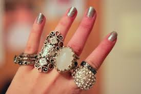 fashion hand rings images Fashion hand rings silver image 409784 on jpg