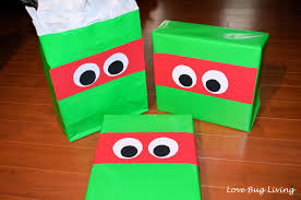 tmnt wrapping paper bug living tmnt mask gift wrapping idea