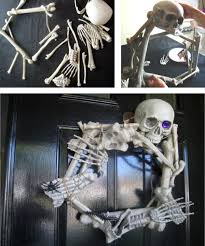 Homemade Halloween Props by 14 Over The Top Halloween Decorations To Terrify Trick Or Treaters