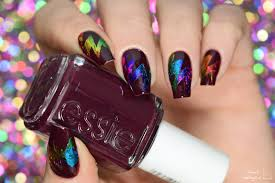 simply nailogical abstract starburst rainbow foil nail art