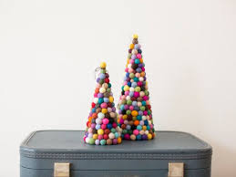 modern christmas tree the 25 best modern christmas trees ideas on small