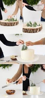 How to Decorate a Winter Cake