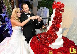 spotted jenny mccarthy marries donnie wahlberg in ines di santo