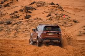 land rover desert 2017 land rover discovery off road 12 motor trend