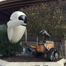 wall e statue picture of disneyland park marne la vallee
