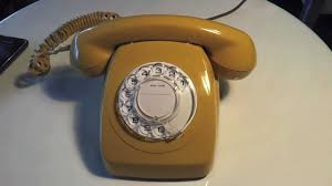 Old Fashioned Wall Mounted Phones Retro Rotary Dial Phone Australian 1977 Ringing Telecom Stc 802