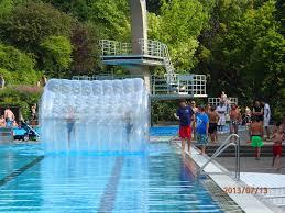 Klinik Bad Kissingen 13 07 13 Spiel Und Spaßtag Im Terrassenschwimmbad Bad Kissingen