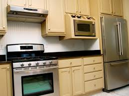 what type of paint to use inside kitchen cabinets kitchen using
