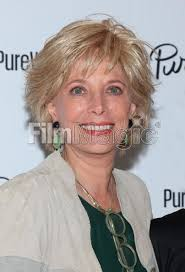 leslie stahl earrings television journalist leslie stahl attends the purewow launch