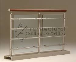 4simple and stylish idea in making glass balcony railing 590 481
