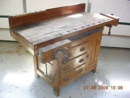 Free Wood Workbench Designs by 146 Best Workbenches Images On Pinterest Work Benches